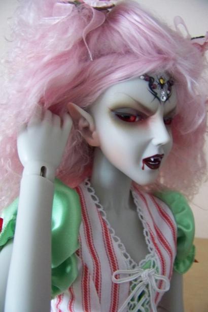http://www.oddpla.net/blog/dolls/araminthe/default/100_5178.JPG