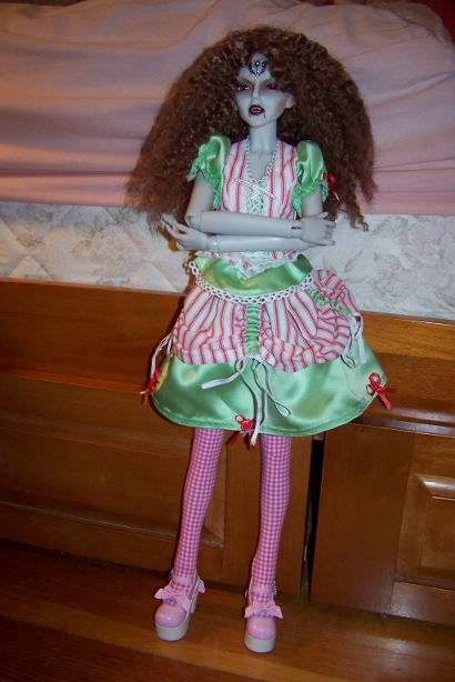 http://www.oddpla.net/blog/dolls/araminthe/hello/100_5096.JPG