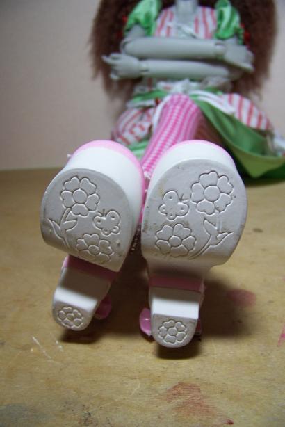 http://www.oddpla.net/blog/dolls/araminthe/hello/100_5107.JPG