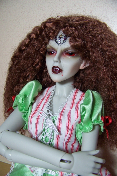 http://www.oddpla.net/blog/dolls/araminthe/hello/100_5108.JPG