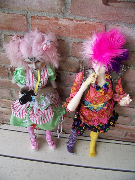 http://www.oddpla.net/blog/dolls/araminthe/nocamera/100_5893.JPG