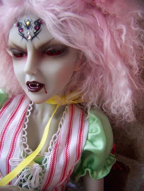 http://www.oddpla.net/blog/dolls/araminthe/nocamera/100_5896.JPG