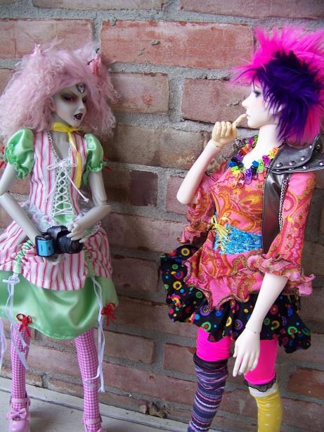 http://www.oddpla.net/blog/dolls/araminthe/nocamera/100_5897.JPG