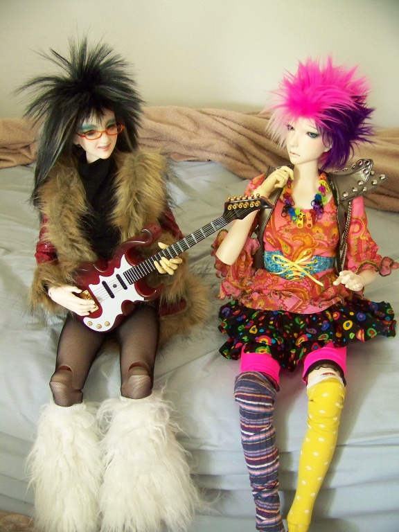 http://www.oddpla.net/blog/dolls/janvierjett/blues/100_5943.JPG