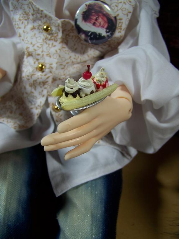http://www.oddpla.net/blog/dolls/janvierjett/rements/100_5971.JPG