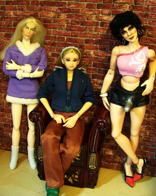 http://www.oddpla.net/blog/dolls/jenniferdoll/momoko/100_3428.JPG