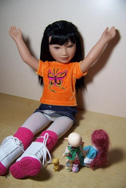 http://www.oddpla.net/blog/dolls/junebug/story/100_5075.JPG