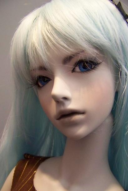 http://www.oddpla.net/blog/dolls/misc/dollclub021409/100_0755.JPG