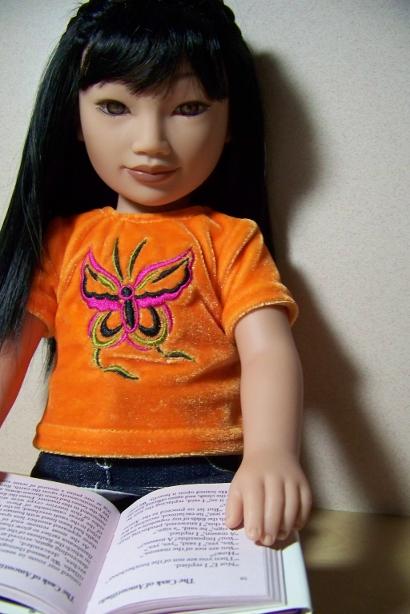 http://www.oddpla.net/blog/dolls/misc/junebugpoe/100_4881.JPG