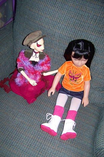 http://www.oddpla.net/blog/dolls/misc/karitoout/100_3656.JPG
