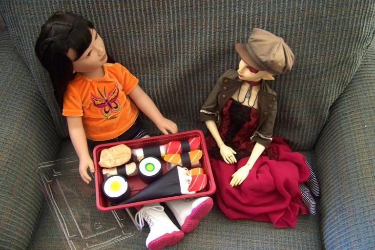 http://www.oddpla.net/blog/dolls/misc/karitosushi/100_4255.JPG