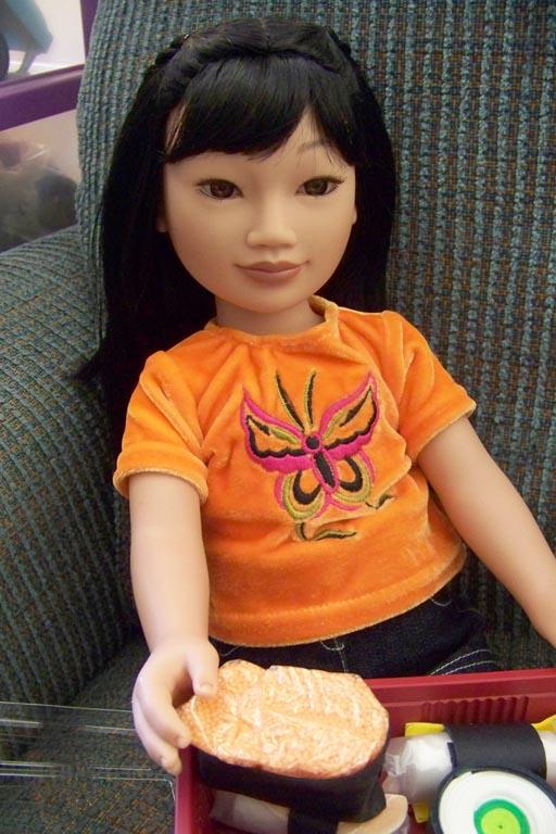 http://www.oddpla.net/blog/dolls/misc/karitosushi/100_4264.JPG