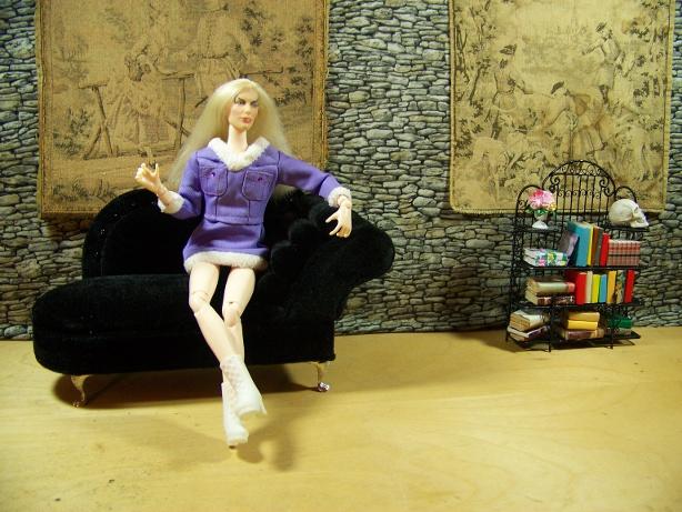 http://www.oddpla.net/blog/dolls/misc16/castle/100_6004.JPG