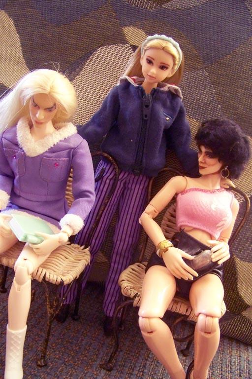 http://www.oddpla.net/blog/dolls/misc16/jfj/100_3086.JPG