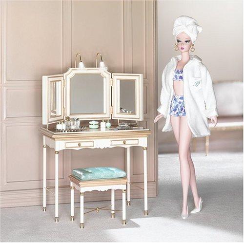 http://www.oddpla.net/blog/dolls/misc16/muses/vanity1.jpg