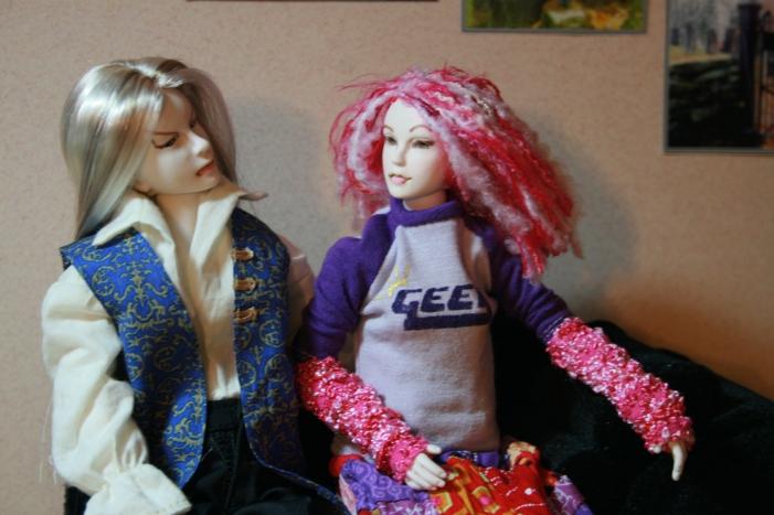 http://www.oddpla.net/blog/dolls/muses/ellery/IMG_6587.JPG