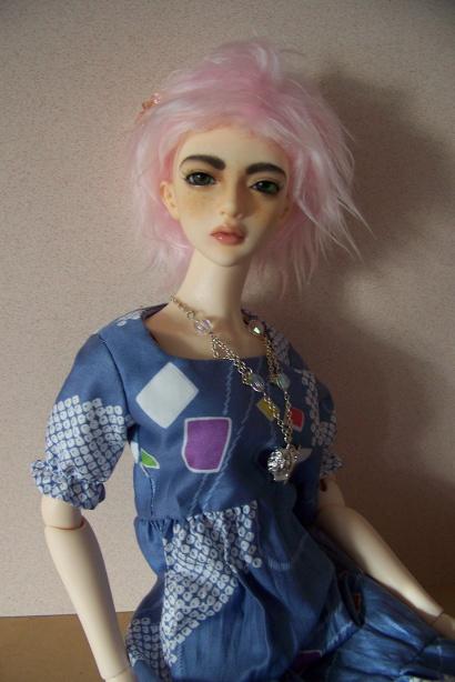 http://www.oddpla.net/blog/dolls/sarah/mohair/100_5329.JPG