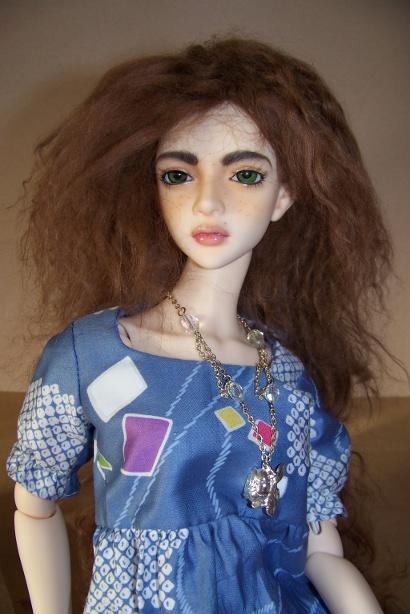 http://www.oddpla.net/blog/dolls/sarah/mohair/100_5331.JPG
