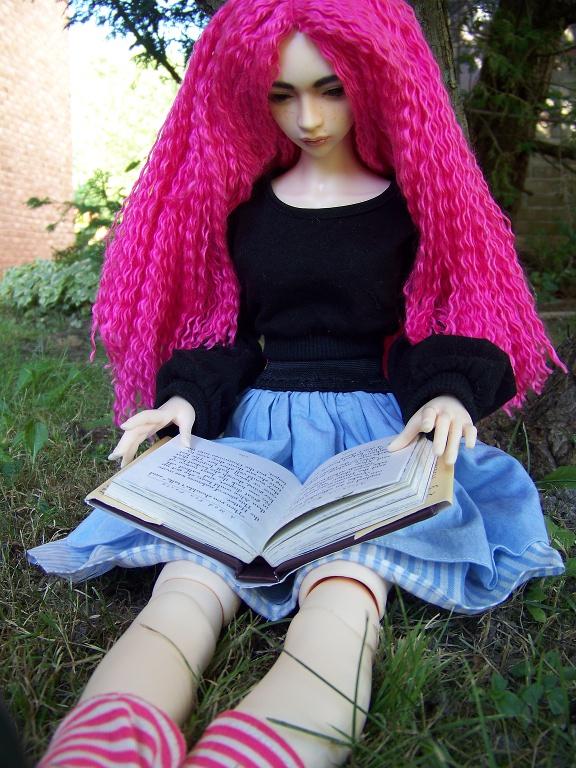 http://www.oddpla.net/blog/dolls/sarah/pretty/100_5784.JPG