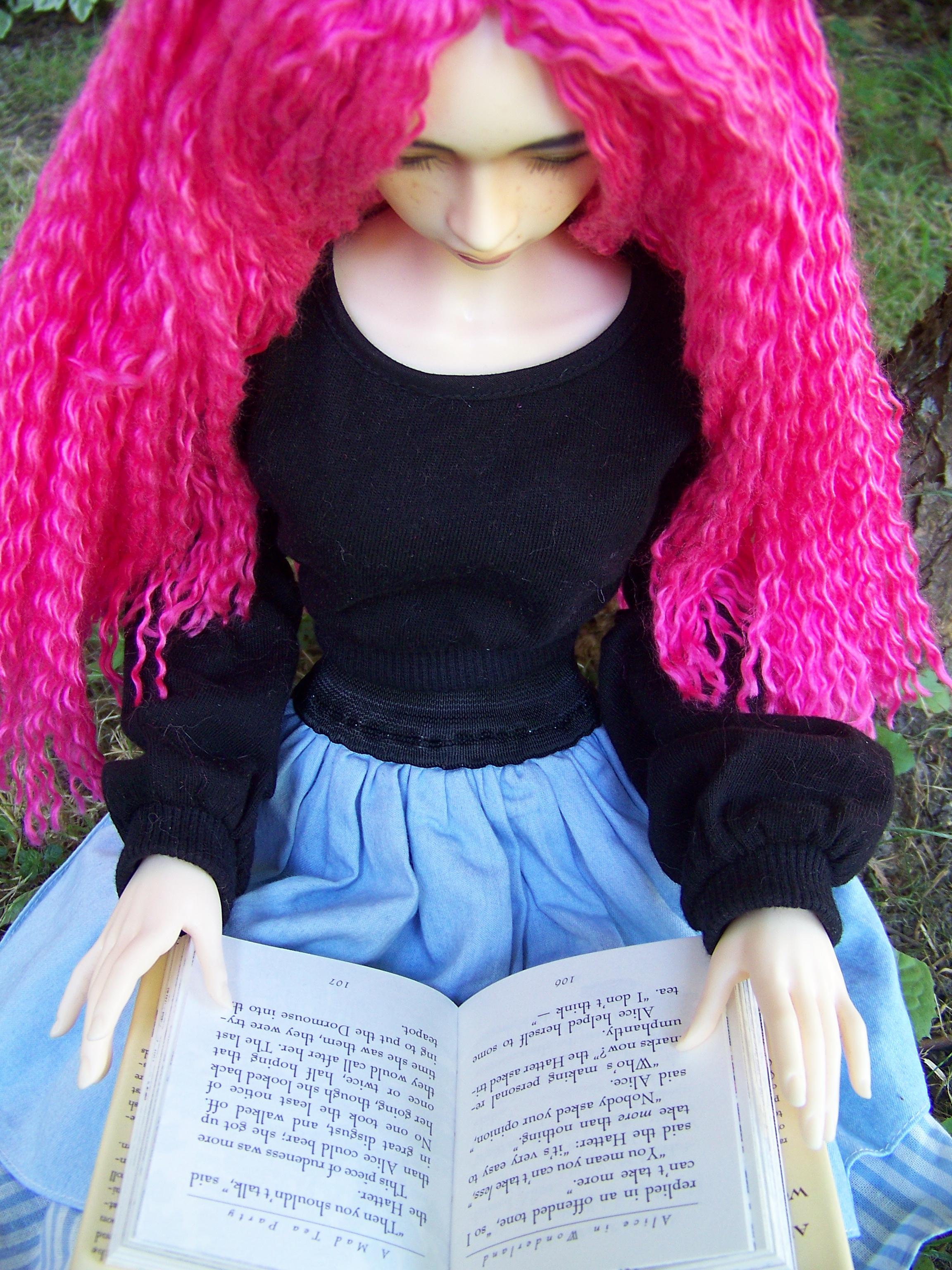 http://www.oddpla.net/blog/dolls/sarah/pretty/100_5785.JPG