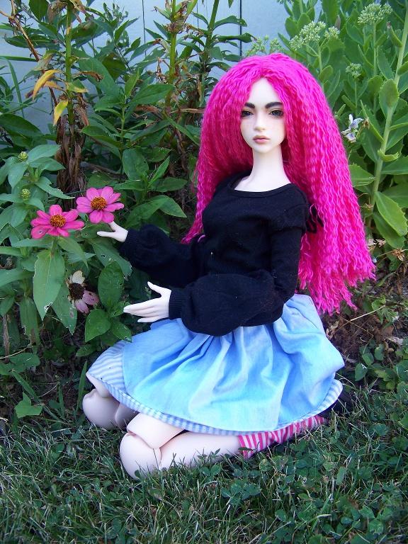 http://www.oddpla.net/blog/dolls/sarah/pretty/100_5786.JPG