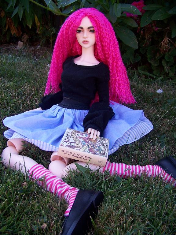 http://www.oddpla.net/blog/dolls/sarah/pretty/100_5789.JPG