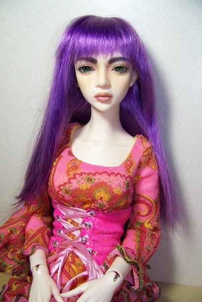 http://www.oddpla.net/blog/dolls/sarah/purple/100_5061.JPG