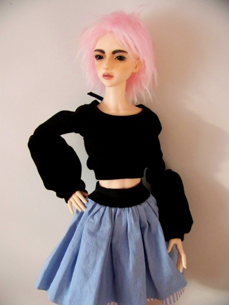 http://www.oddpla.net/blog/dolls/sarah/shirt/100_5558.JPG