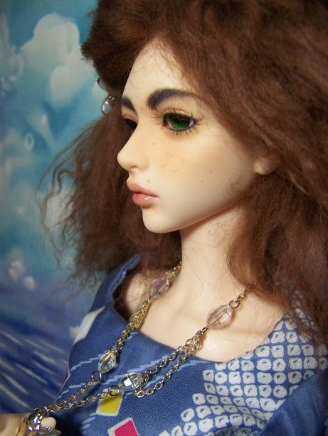 http://www.oddpla.net/blog/dolls/sarah/sky/100_5380.JPG