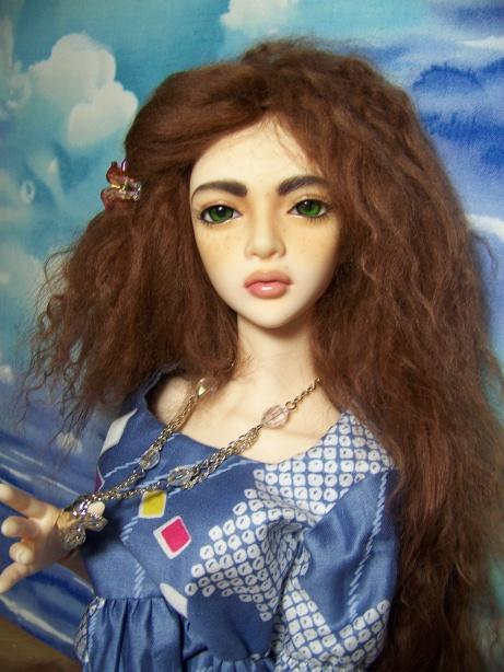 http://www.oddpla.net/blog/dolls/sarah/sky/100_5385.JPG
