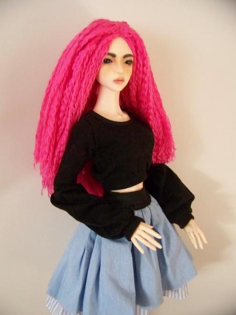 http://www.oddpla.net/blog/dolls/sarah/yarn/100_5569.JPG