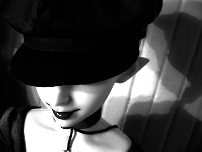 http://www.oddpla.net/blog/dolls/sardonix/dreamofgenie/IMG_0002.JPG