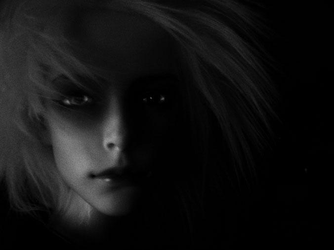 http://www.oddpla.net/blog/dolls/will/vampireatnight/IMG_0006.JPG